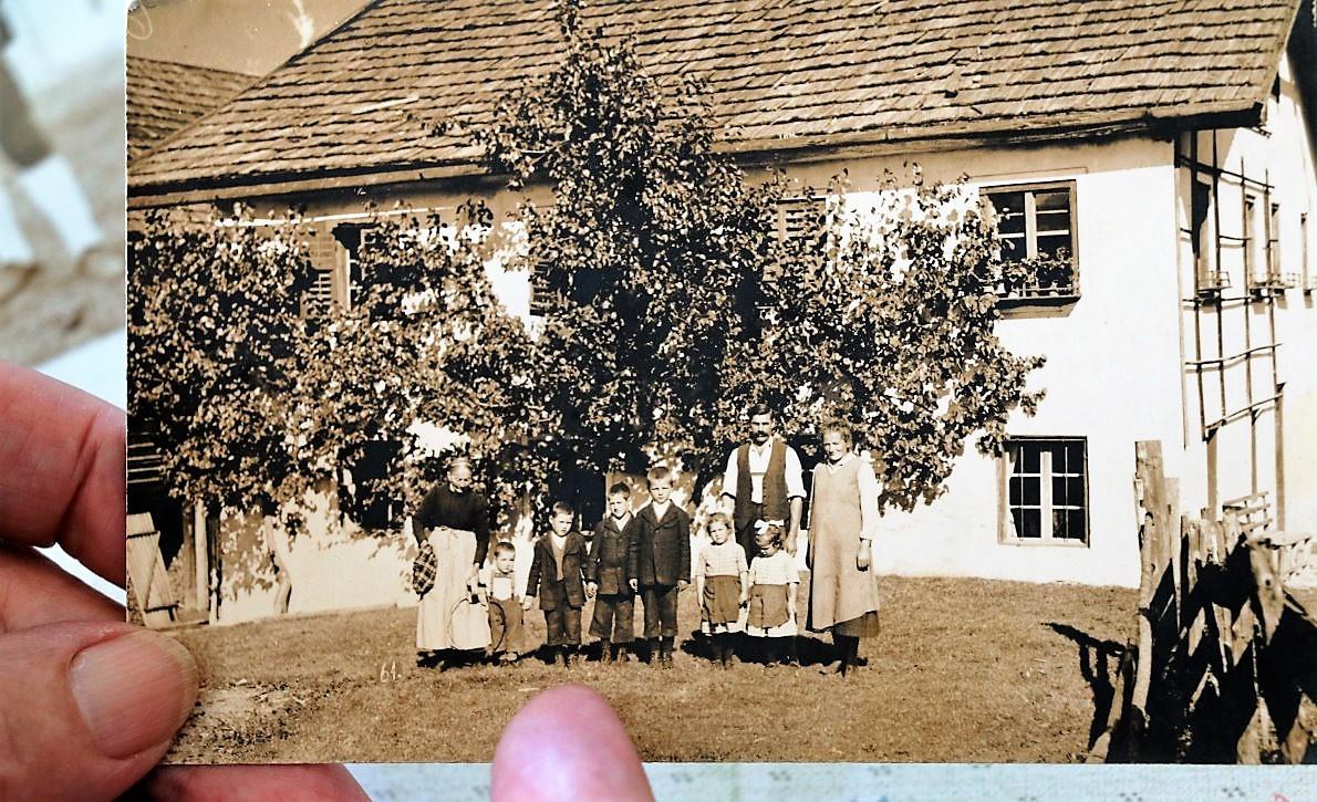 Annas Elternhaus im Mieminger Weiler Fiecht. (Foto: Anna Scharmer)