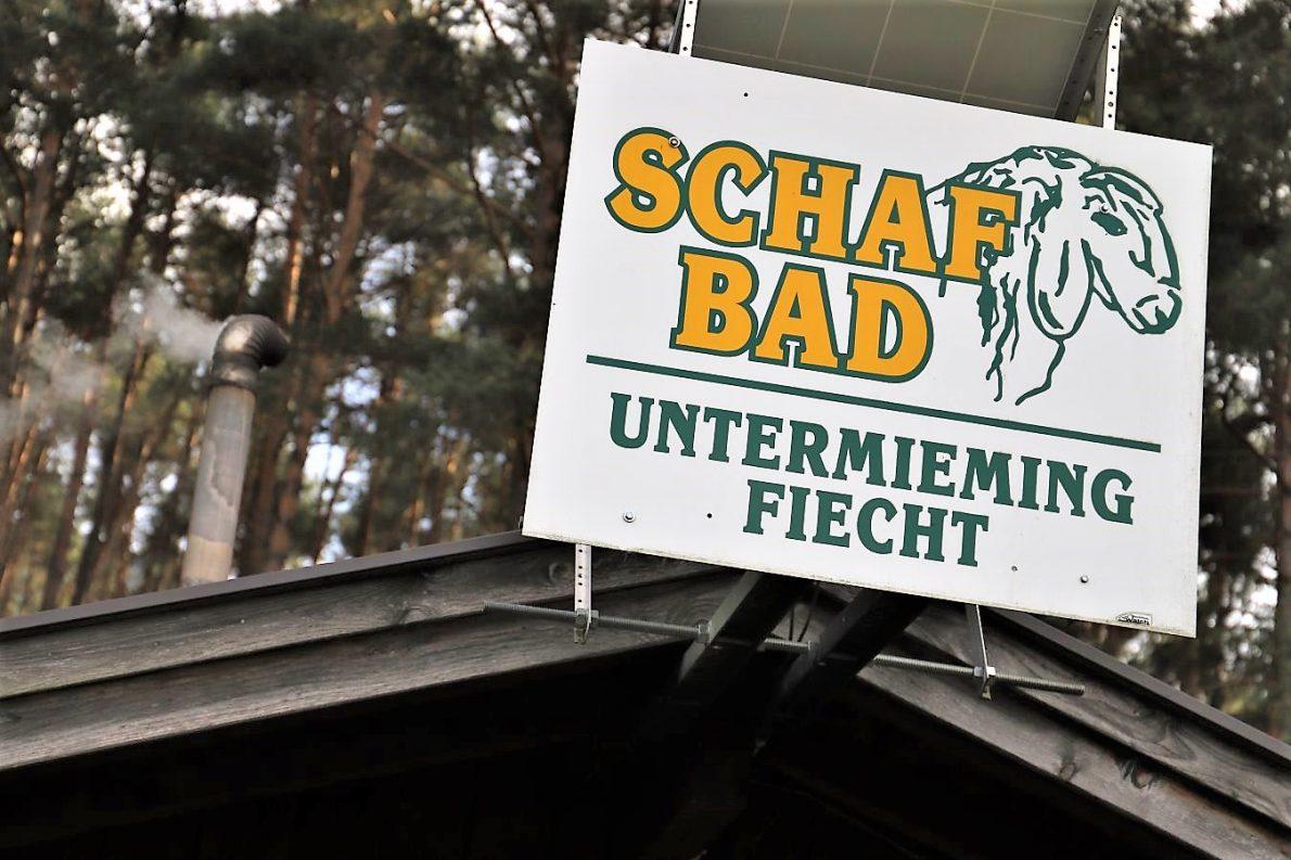 Hütte des Schafbadevereins. (Foto: Knut Kuckel)