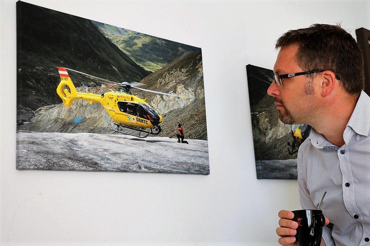"""Zu """"meinem Begleit-Team"""" gehört der Mieminger Almbeauftragte Martin Kapeller. (Foto: Knut Kuckel)"""