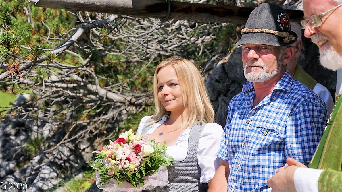 Gratulation zur Verlobung an Karoline und Christian, den Hüttenleuten am Marienberg. (Foto: Andreas Fischer)